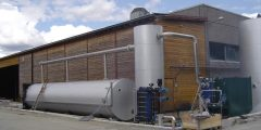 Plant with cyclone tank / oil separation tank